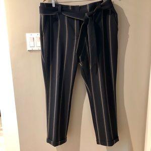 LOFT striped tie waist pants size 14. Great cond.
